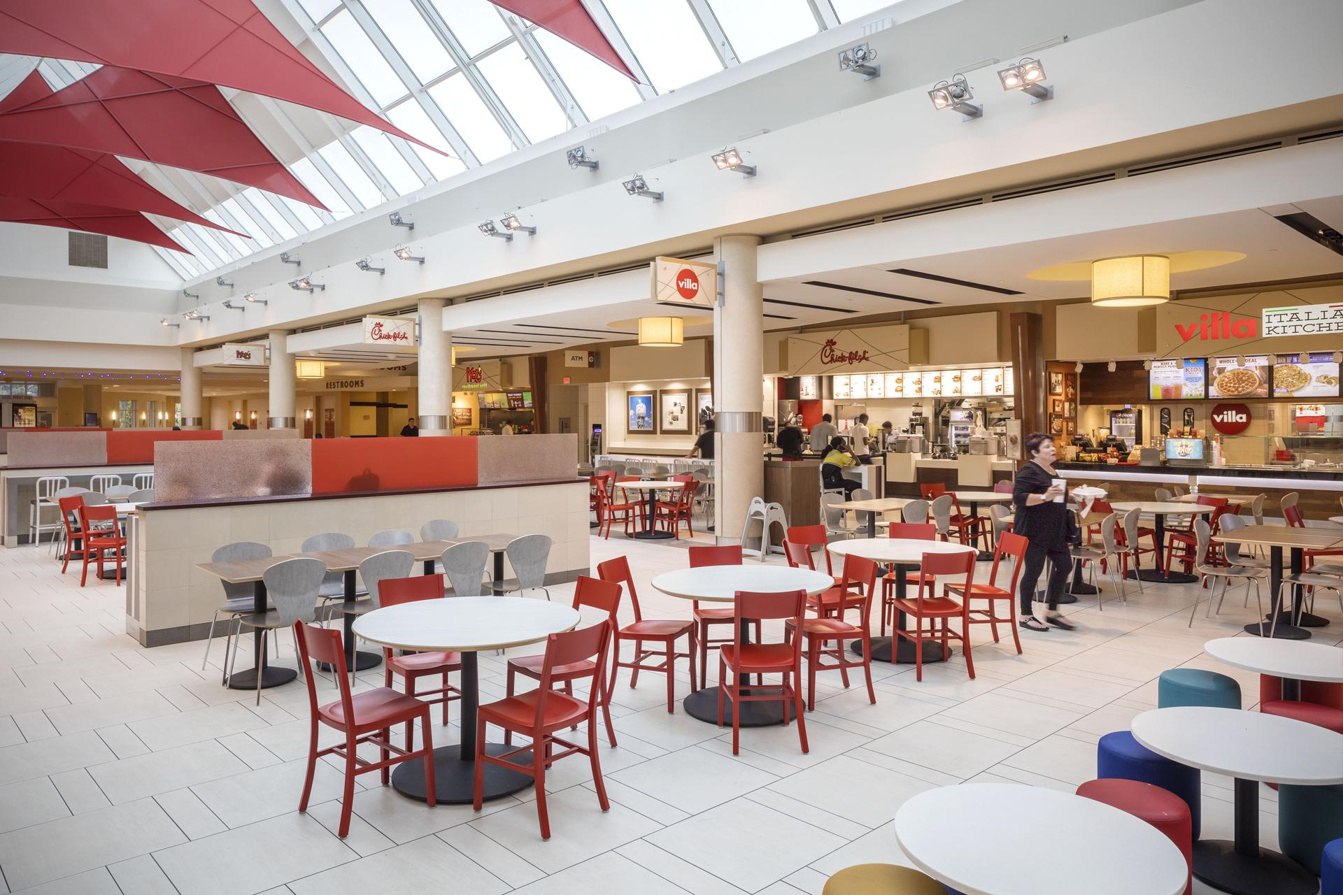 Les Food Courts, un phénomène gagne du terrain chez le Français